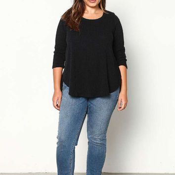 PLUS SIZE BLACK RIBBED KNIT HIGH LOW TOP