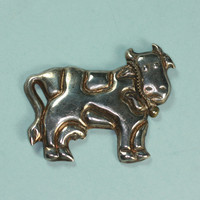 ON SALE Mexican Sterling Cow Figural Brooch Pin Vintage