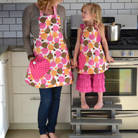 Matching Mother Daughter Apron Set Reversible Bright Spring Aprons Hot Pink Orange