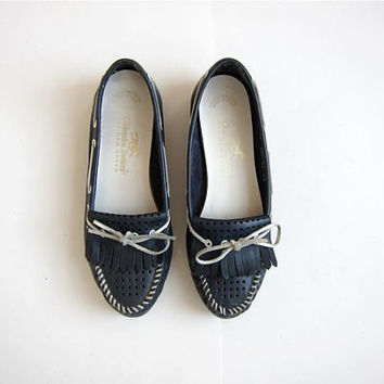 Vintage Leather Boat Shoes / Blue Trotters / Loafers / Deck Shoes / Moccasins
