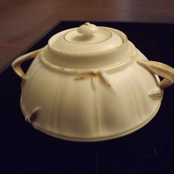 Royal Worcester Circular Covered Sugar Bowl Oyster Colour with Gold Gilding 1889