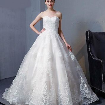 New Design A-Line Lace Wedding Dresses Sweetheart backless Elegant Sexy Vintage Wedding Gowns