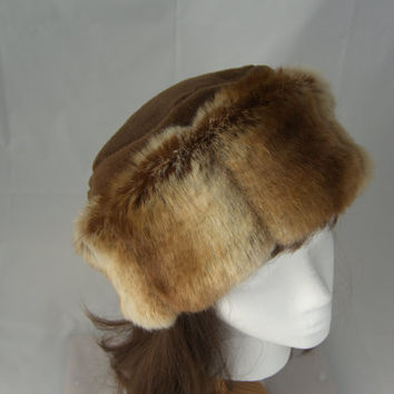 Sheared Chinchilla FAUX FUR HAT, Pillbox Style, Women's Winter Hat, Fur Hat, Brown Chinchilla Hat