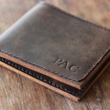 PERSONALIZED WALLET --- EURO Friendly Men's Leather Wallet - 027 - Perfect Groomsmen Gift