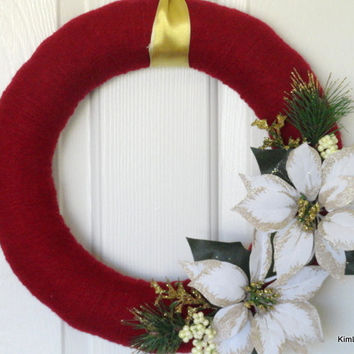 Yarn Wreath, Christmas Yarn Wreath, Winter Yarn Wreath, Christmas Wreath, Winter Wreath, Red Wreath, Floral Wreath, Home Decor, Door Decor