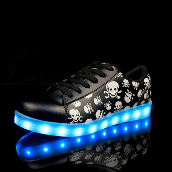 GRIRION 7 Colors in 1 Shining LED Shoes LED Light Up Shoes for Women Girls Men Colorful Luminous Shoes Zapatos Mujer