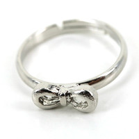 Silver Bow Knuckle Ring