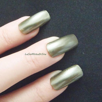 fake nails metallic green squoval false nail art press on drag queen mani manicure christmas square nails glue on nails lasoffittadiste