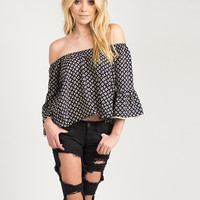 Bell Sleeved Diamond Pattern Top - Large