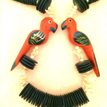 Parakeet Parrot Wood Carved Birds Necklace Sea Shells Island Handmade Jewelry