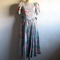 Vintage 1980s LAURA ASHLEY Dress Sage Green Rose Pink Floral Dirndl Cotton Dress 8