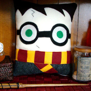 Harry Potter pillow, plush, decoration inspired by Harry Potter