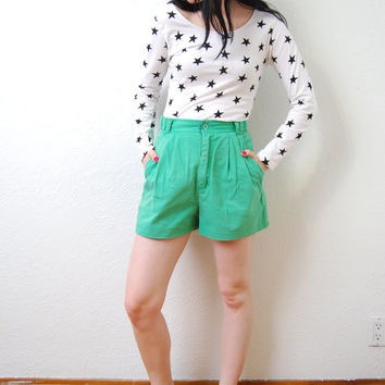 vintage 1980s / Kelly green / Esprit / high waist / pleat / shorts / flared / cotton / S-M