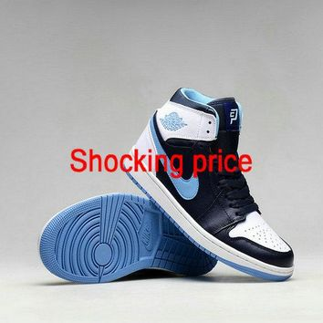 Sneaker paint Air Jordan 1 Retro Chris Paul CP3 Black Legend Blue White Black Authentic shoe