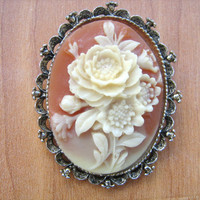 Gerrys cameo flower brooch necklace vintage