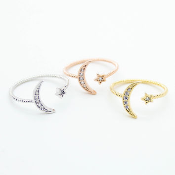 Crescent moon & star ring