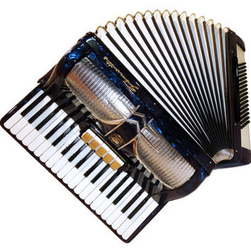 Beautiful German Piano Accordion Firotti, 96 Bass 5 + 3 Switches, Case, Musical Instrument, 322