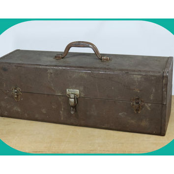 Vintage Kennedy Fishing Tackle Box • Metal Tool Box • T-22 Style • Large • 2 Cantilever Trays Inside • Tacklebox Toolbox