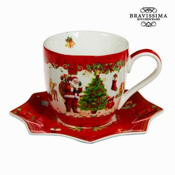 Red christmas tea cup and saucer by Bravissima Kitchen