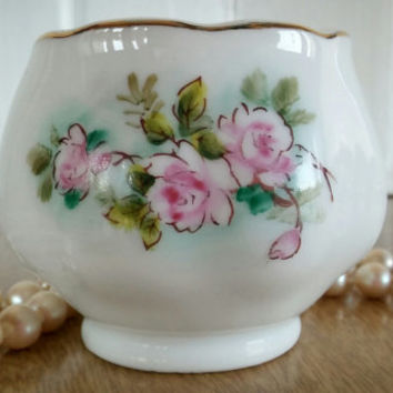 Japan-Wayzata Minnesota Hand Painted Porcelain Coffee Creamer and Sugar Dish