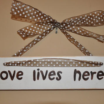 Wood Sign - Love Lives Here - 24 x 3 1/2