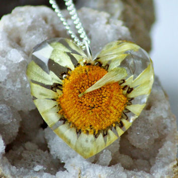 REAL DAISY NECKLACE - Transparent Resin Jewelry With Real Flowers