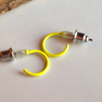 Etsy, Etsy Jewelry, Yellow Enamel, Vintage Earrings, Yellow Hoops, Enamel Hoops, Vintage Hoops, Tiny Hoops, Small Hoops, 80's Earrings