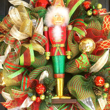 Nutcracker Wreath, Christmas wreath, Nutcracker mesh wreath, Nutcracker Decoration, Nutcracker front door wreath, deco mesh wreath