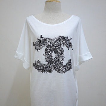The Wonder Of Flowers (FreeSize ) : Flowers and Floras Bat Sleeve Women TShirt Tunic White TShirt Screen Print Cotton