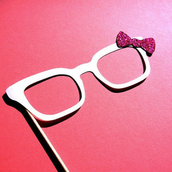 Photo Booth Props - Hello Kitty glasses with GLITTER bow - Birthdays, Weddings, Parties - Photobooth Props
