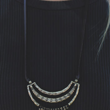 Ahead of the Crowd Necklace