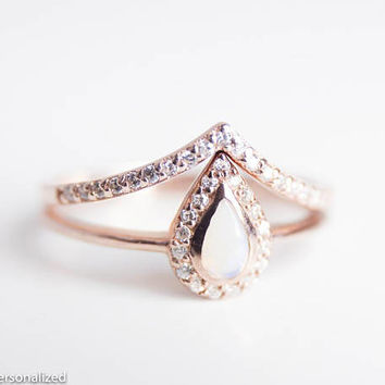 Rose Gold Engagement Ring Set - Opal Engagement Ring Rose Gold - Wedding Ring Set Rose Gold - Halo Engagement Ring - Unique Engagement Ring
