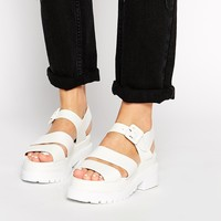 Truffle Collection Ocean Chunky Strap Flat Sandals