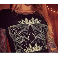 Gemini Rising Unicorns & Crystals Fitted Crop Tee