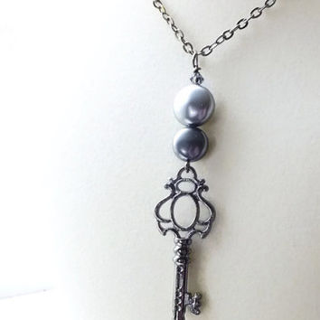 Pearl Key Necklace, Gray Pearl Necklace, Swarovski Pearl Necklace, Gunmetal Skeleton Key Necklace