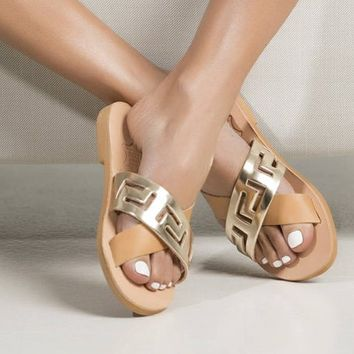Chic leather sandals with a gold nude meander strappy. The ideal shoe for your vacation! (Available in different colors), women's shoes