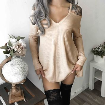 Plain Color Shoulder Cutout Long Sleeve Knit Top