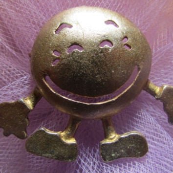 Vintage Jewelry, Smiley Face, Brooch Pin, Bronze Pot Metal, Fun, Unique ,Statement, Boho, Minimalist, Mid Century