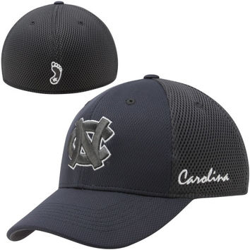 Top of the World North Carolina Tar Heels :UNC: Fairway 1Fit Flex Hat - Charcoal