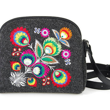 Folk felt crossbody, small everyday bag colorful messenger, flower bag, soviet vintage, embroidery, sewing pattern, summer boho, bohemian,