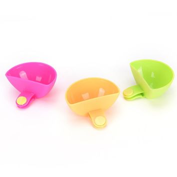 4 pcs/lot Tomato Sauce Salt Vinegar Sugar Flavor Spices Holder Dip Clips Tool Small Dishes Spice Clip Kitchen Bowl kit Sets