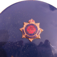 Vintage Stratton compact bearing the Royal Army Service Corps (RASC)  insignia.  Collector's item.