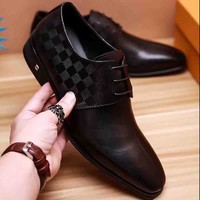 Louis Vuitton LV New fashion tartan print men shoes Black