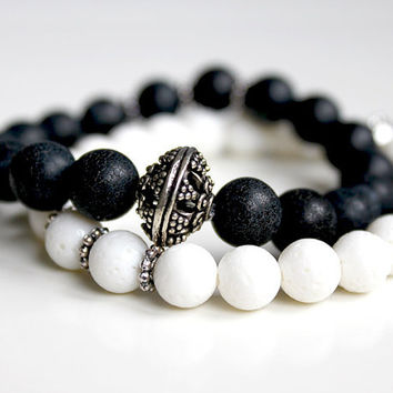 bracelet, beaded bracelet stack, beaded jewelry, handmade, gemstone, beads, black white, coral / agate, gift idea for women, artisan jewelry