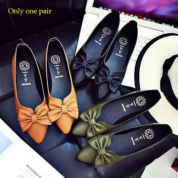 New style pointed flat sole shoes with shallow mouthpiece single shoe students'obedient shoes spring style women's shoes Only one pair