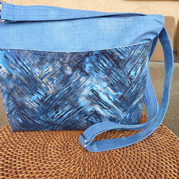 Handcrafted Blue Cross Body Shoulder Bag/Handbag/Purse with Outside Pockets and Adjustable Strap