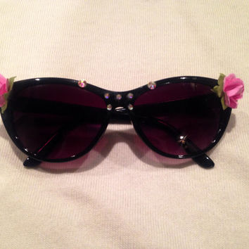 Floral and Swarovski crystal sunglasses (black)