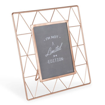 GRAPHIC metal photo frame 24 x 27cm | Maisons du Monde