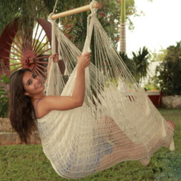 Extra Large Natural Color Mayan Hammock Swing Chair With Wood Bar