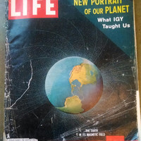 November 7, 1960  LIFE Magazine- Full of Vintage Advertisements for Collage Supplies or Unique Birthday Gift